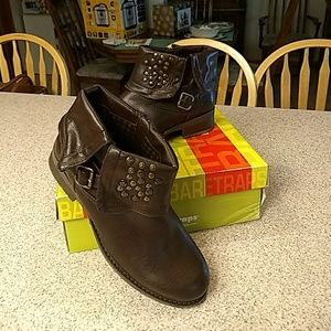 Beautiful Coffee Brown Ankle Boots sz 10 NWB